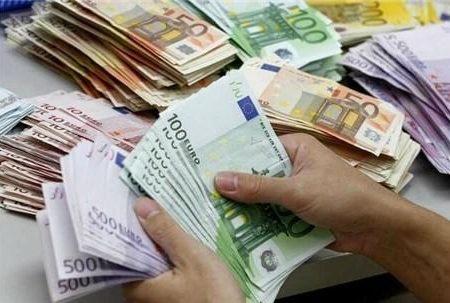 قیمت رسمی ارز/ نرخ دلار و یورو ثابت ماند