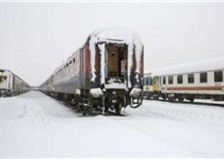 معطلی پنج ساعته قطار تبریز به مشهد در ایستگاه هشترود