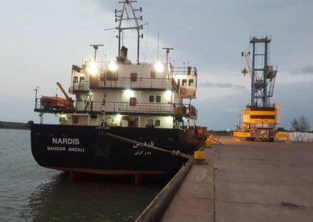 راه اندازی خط کشتیرانی بندرعباس-لاذقیه سوریه از ۲۰ اسفند