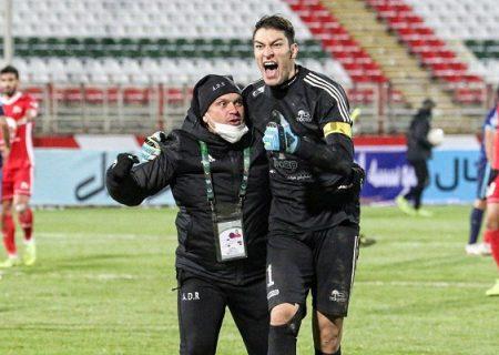 محمدرضا اخباری مهره کلیدی تراکتور در لیگ قهرمانان