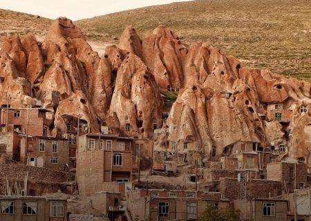 بازنگری در طرحهای مطالعاتی و مرمتی کرانهای روستای تاریخی کندوان
