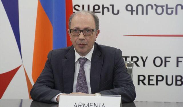 وزیر امور خارجه ارمنستان استعفا داد