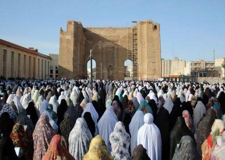 برگزاری نماز عید فطر در فضای باز محوطه مصلی امام خمینی (ره) تبریز