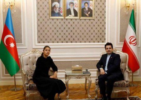 حوزههای مشترکی بین ایران و جمهوری آذربایجان وجود دارد/ ملت ما را یک فرهنگ، سنت، تاریخ و مذهب مشترک با یکدیگر متحد میکند