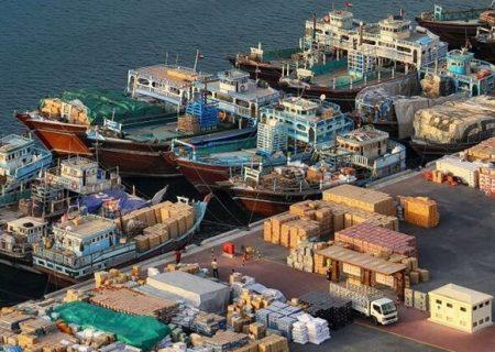 بلاتکلیفی ۱.۳ میلیون تن کالای اساسی روی آب/ عجایب ارزی در واردات!