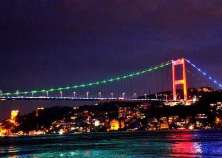 پل های استانبول به رنگ پرچم آذربایجان درآمد