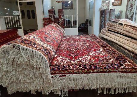 شهر صنعتی فرش در آذربایجان احداث می شود/ بافت و طرح فرش آذربایجان با سلیقه جهانی منطبق نیست!