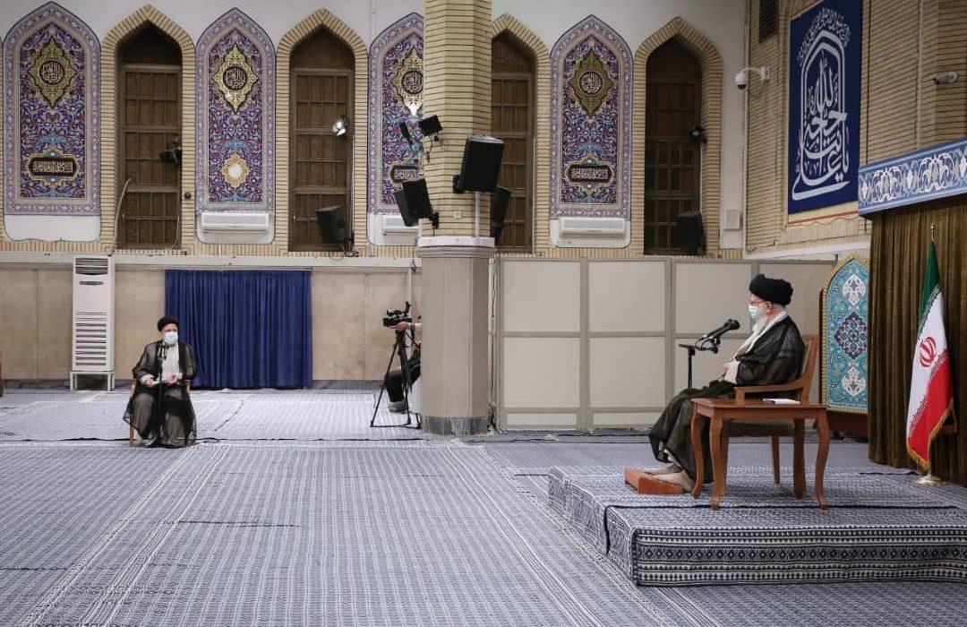 رهبر انقلاب: مردم در انتخابات، برنامه ریزی دنیای استکبار را بر هم زدند