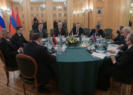 روسیه، آذربایجان و ارمنستان توافق کردند که مذاکرات را ادامه دهند