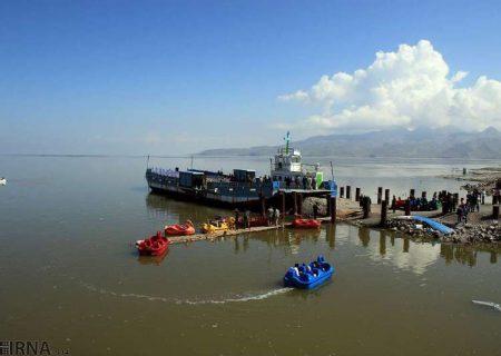 ایجاد راه دسترسی به آب دریاچه ارومیه در بنادر گلمانخانه و شرفخانه