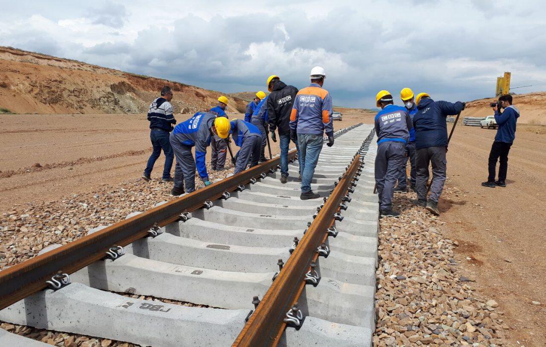 اتصال خط ریلی اردبیل به شبکه ریلی جمهوری آذربایجان قطعی است