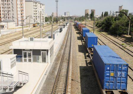 تردد بار در مسیر ریلی باکو-تفلیس-قارص در حال افزایش است
