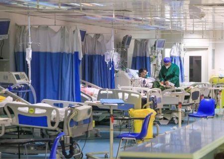 بستری بودن ۱۳۲۳ بیمار کرونایی در آذربایجان شرقی/تشدید وضعیت کرونایی استان در شهریورماه