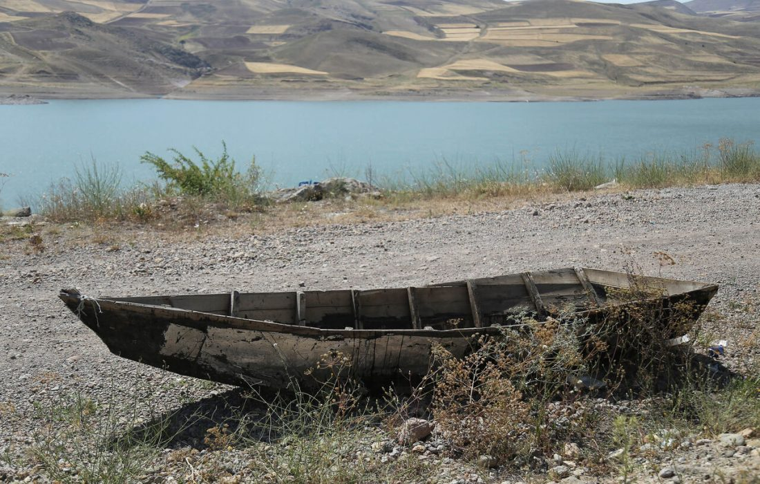 ۵۰ درصد حجم سد تهم زنجان خالی از آب است
