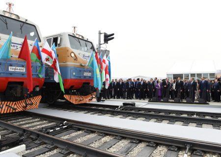 آذربایجان ۱۰۰ دستگاه واگن قطار از روسیه تحویل گرفت