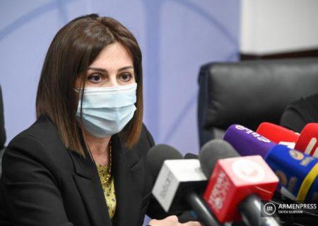 پیشنهاد وزیر بهداشت ارمنستان باعث مضحکه شد: واکسن بزنید، بلیط تئاتر برنده شوید