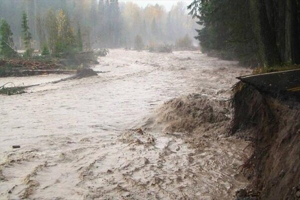 جاری شدن سیلاب موجب فوت پیرمرد ۸۰ ساله در اسکو شد