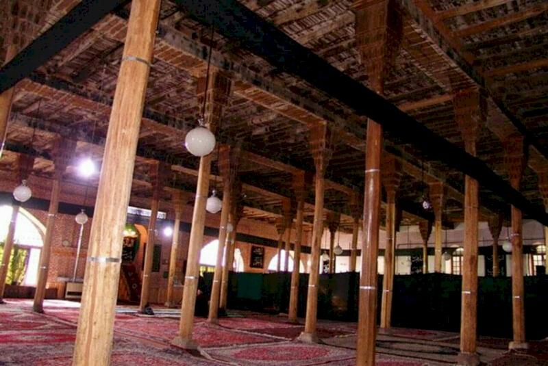 جریان معنویت به بلندای تاریخ در مساجد مراغه
