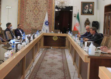 کمیته خودرو کمیسیون صنعت و معدن اتاق بازرگانی تبریز برگزار شد