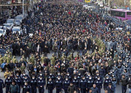 کارشناس ارمنی: ما دولت خود را از دست می دهیم
