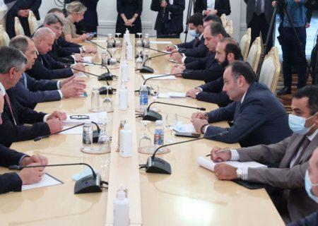 لاوروف خواستار نرمتر شدن لحن بیانات مقامهای ارمنستان و آذربایجان شد