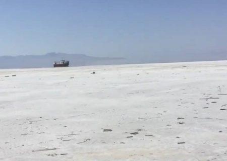 نجات یا مرگ دریاچه ارومیه یک مساله ملی است نه منطقه ای