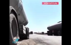 رانندگان کامیون های ایرانی: طرف آذربایجانی در مجموع ۳۸۰ دلار بابت عوارض جهت تردد از جاده گوریس-قافان طلب می کند