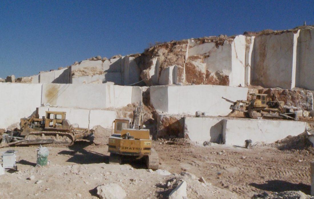فراهم سازی اشتغال بیش از ۵هزار نفر در معادن آذربایجانغربی
