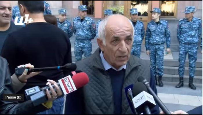 پناهجوی ارمنی: رهبری کشور نمی تواند یک کلمه در مورد اشغالگری بگوید