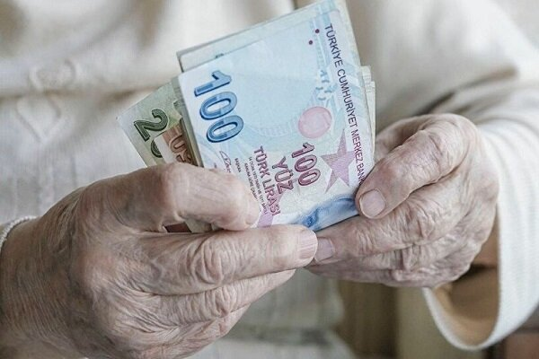 لیر ترکیه به پایینترین سطح تاریخ در برابر دلار رسید