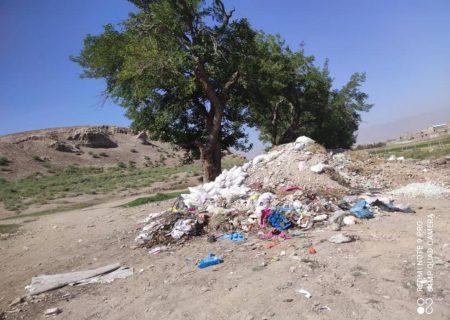 زباله و غبار فراموشی بر چهره کول تپه هادیشهر/تبدیل یکی از عمده ترین مراکز تمدنی در شمالغرب کشور به زباله دانی