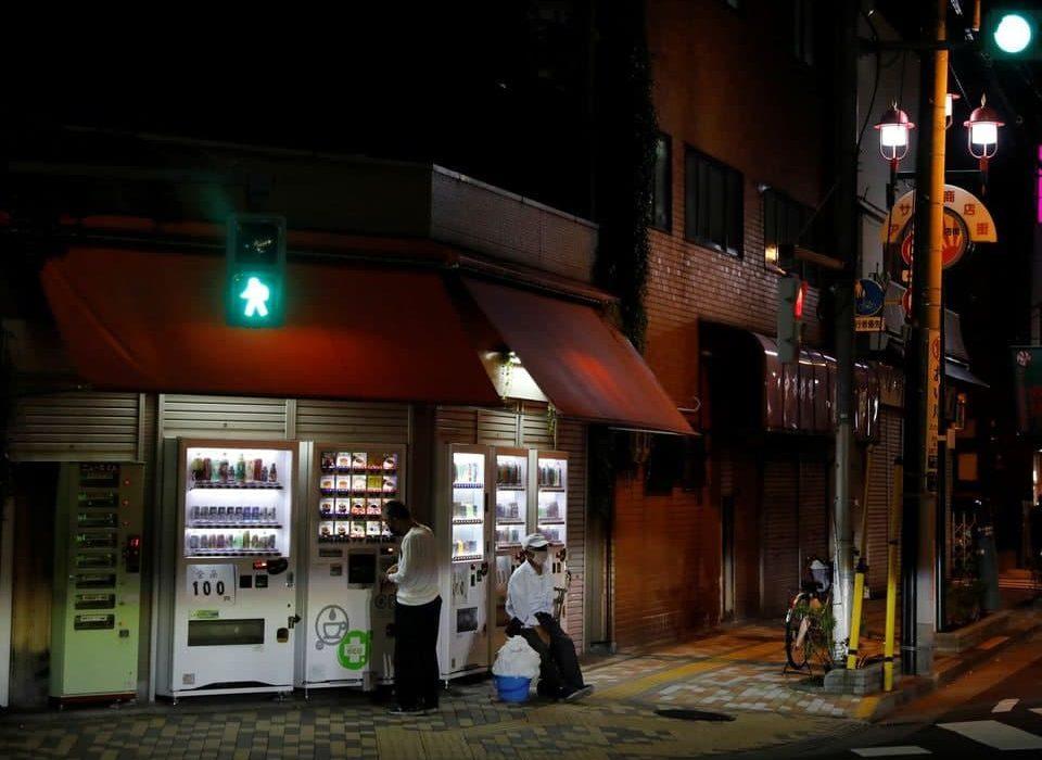 افزایش نابرابری اقتصادی در ژاپن؛ از رونق فروش آلفا رومئو تا تعطیلی مشاغل کوچک